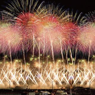 為大家介紹阪急交通公司所發表的全國煙火大會排行榜1~10!極難預約的收費觀看席套裝行程也登場了