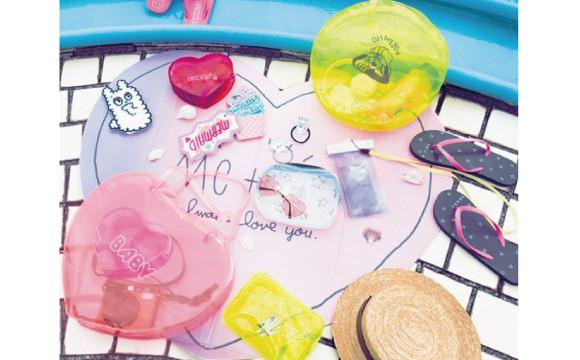 從心型太陽眼鏡到海灘拖鞋!夏天出外最適合的單品都在大創♡