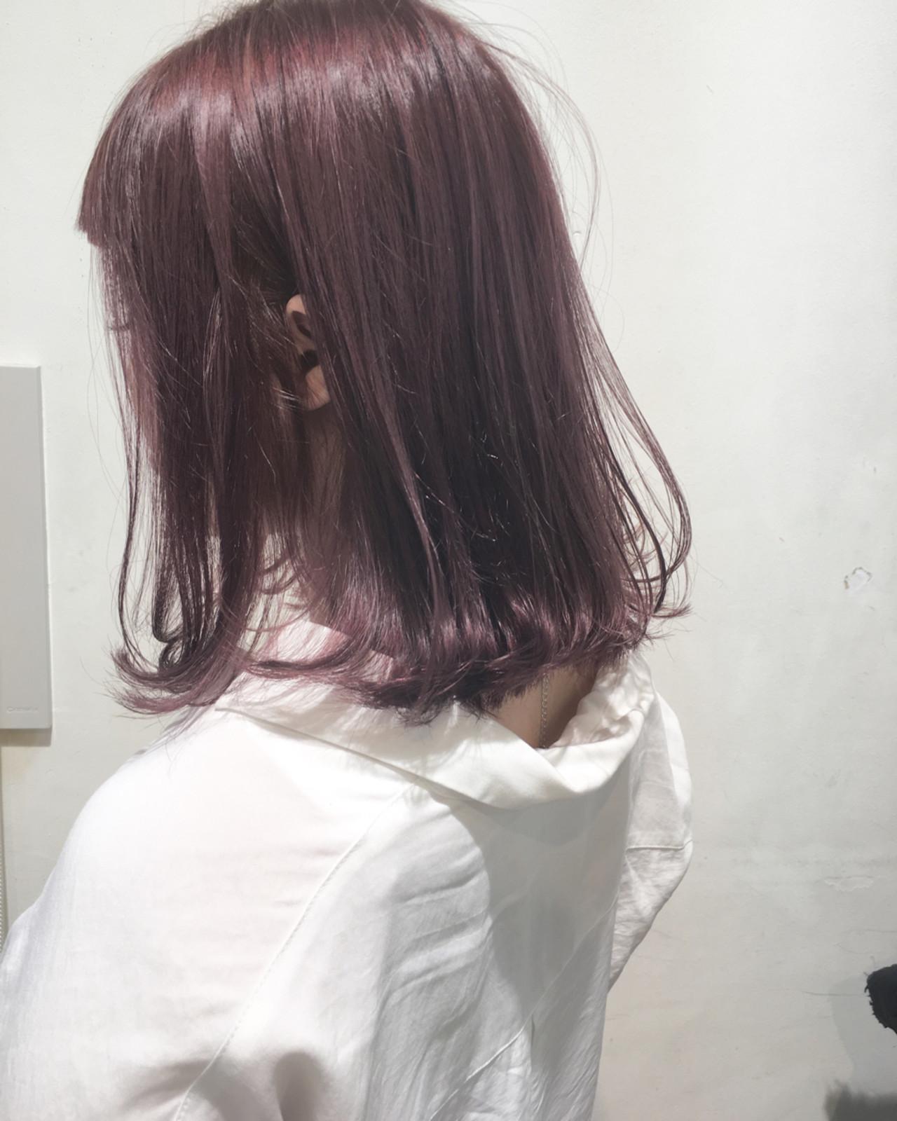 暗色調髪色當中我所推薦的是,暗櫻桃色 市岡 久
